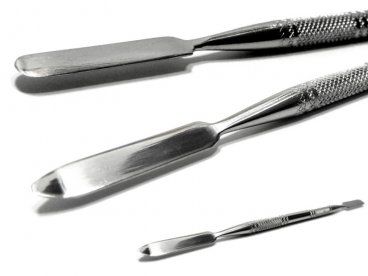 KOPYTKO metalowe do usuwania skórek